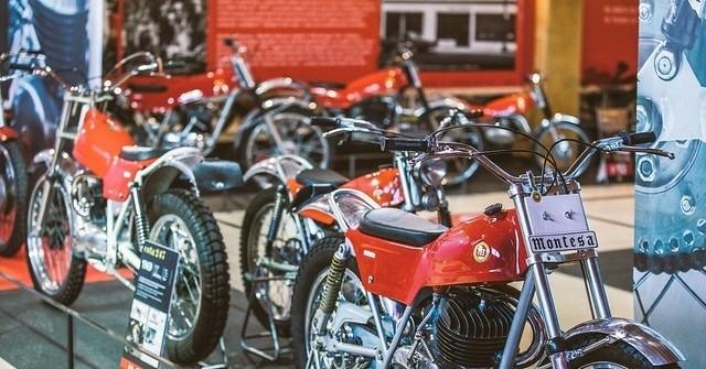 Exposició temporal 50 anys de Cota al Museu Moto Bassella