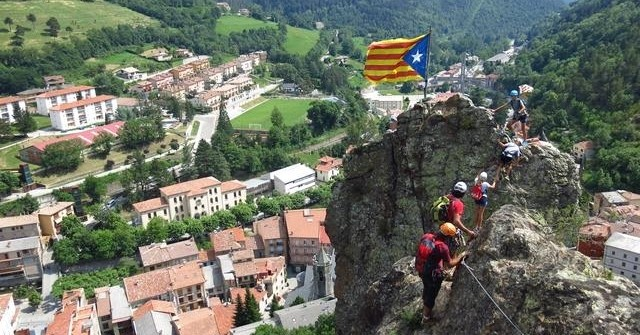 Excursion verticale ferrata à la Roca de la Cruz à Ribes de Freser