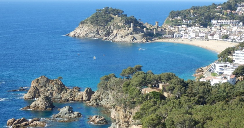 Winter Festival of San Vicente and arrival of the Pilgrim in Tossa de Mar