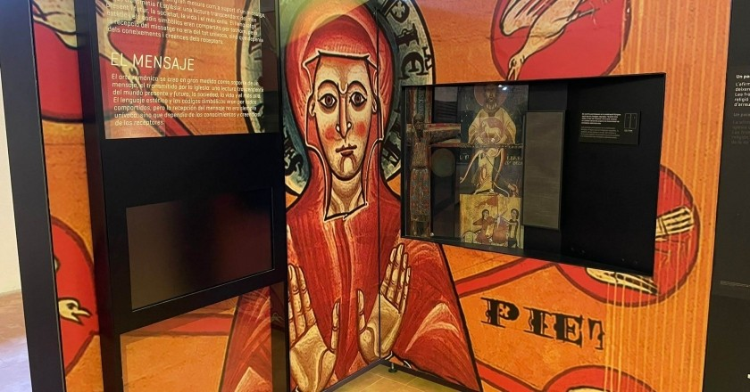 The exhibition 'Romanesque Time' in the church of San Pedro de Ripoll