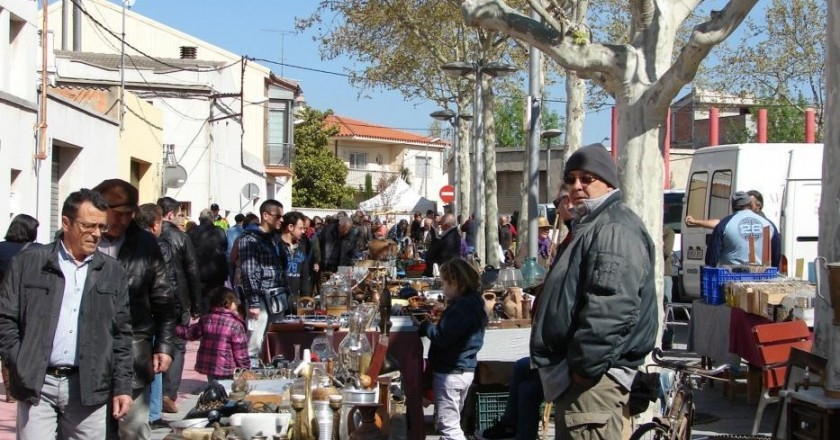 Handicraft Market and brocantes in Santa Margarida i els Monjos
