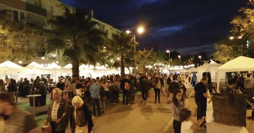 Mercado del cava y la tapa en Sant Pere Ribes