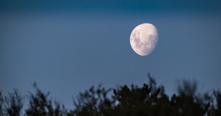 Visitas guiadas bajo la luz de la Luna en Hostalric