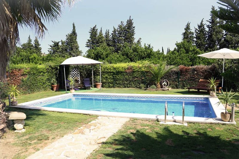 River ebro holidays tivenys for Piscina exterior