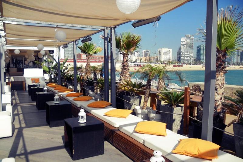Boo restaurant beach club barcelona for Beach club barcelona
