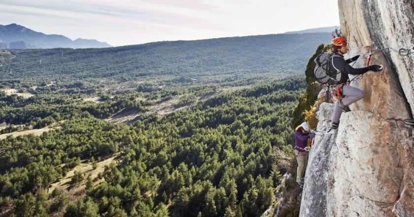 Coneix Catalunya des d'un altre angle, fes escalada