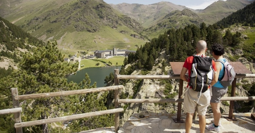 Go hiking and discover Catalonia on foot