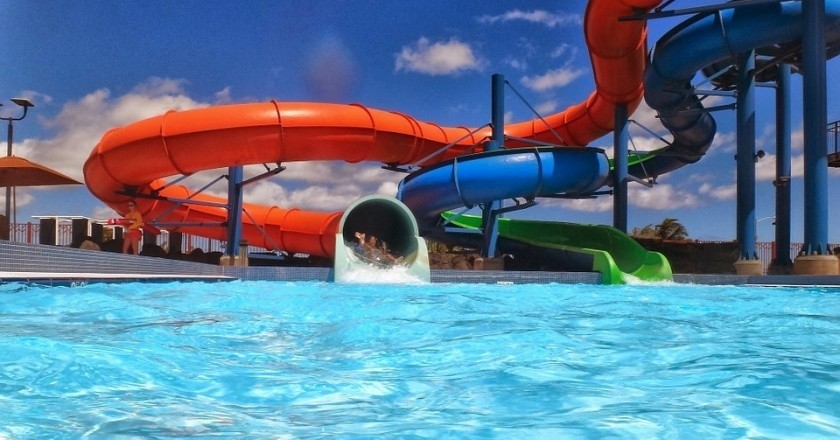 Water parks for a refreshing summer