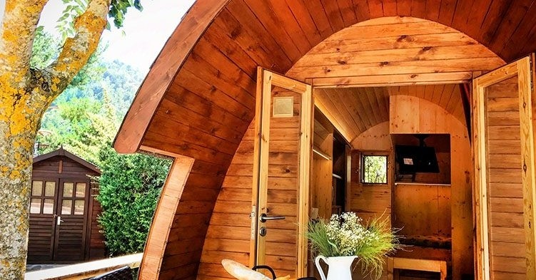 Draw: stay in an Igloo Bungalow for two people at Camping Prades Park