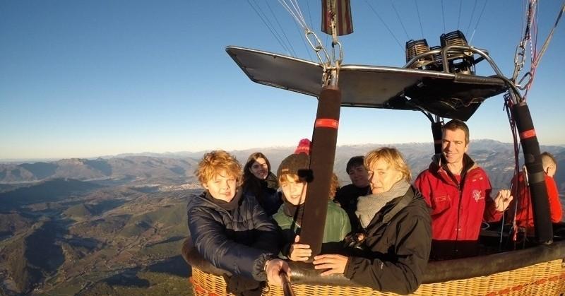 Vol en globus en família + casa rural el Ferrés
