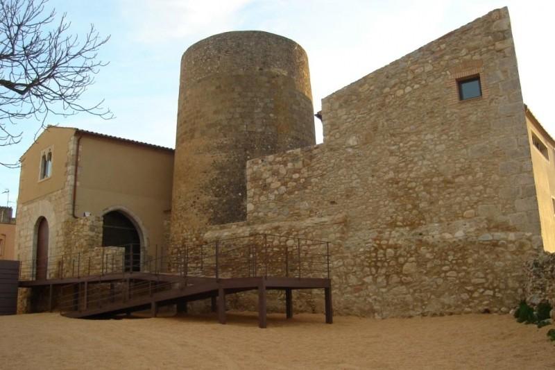 Vila-sacra (Alt Empordà - Girona) | femturisme