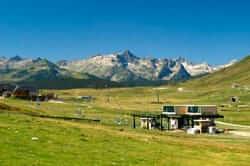 La Vall d'Aran, un territori diferent (baqueira beret esqui estiu)