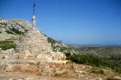 Route Montgrí Castle (Castle Cross Montgrí)