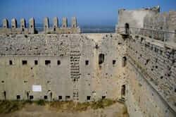 Ruta del castell del Montgrí (interior del Castell del Montgri)