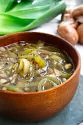 Tastant la gastronomia del 1714 (sopes verdures cuina 1714)