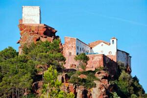 Route through Mont-Roig del Camp (Ermita Mare Deu De La Roca and Penyafort)