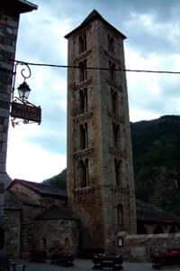 Ruta del Pirineu Comtal: per una volta catalane identitat médiévale (Esglesia Santa Eulalia Erill La Vall)