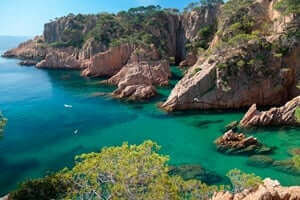 Coves and beaches of Sant Feliu de Guixols (Crab Creek Fish Owls)