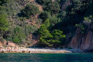 Coves and beaches of Sant Feliu de Guixols (Cala Urgell)