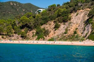 Coves and beaches of Sant Feliu de Guixols (Playa De Canyerets)