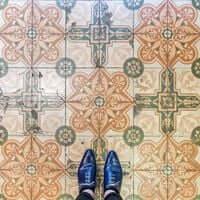 Barcelone,?? mosaïque de carrelage (Mosaïques Barcelone Pharmacie Velasco)