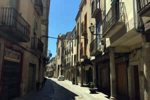 San Ramon Cervera, crossing the southern Segarra (Calle Mayor de Cervera)