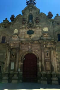 De San Ramón en Cervera, atravesando el sur de la Segarra (Universidad de Cervera fachada)