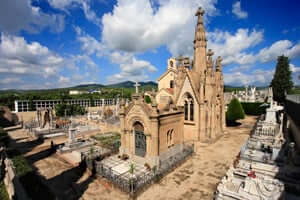 The cities of the dead, the most unique cemeteries of Catalonia (Cemetery of Arenys de Mar)