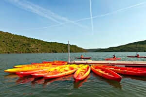 Culture and adventure in the Rialb reservoir (Rialb Kayak Reservoir Routes)