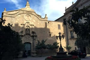 The splendor of Baroque al Solsonès (Baroque facade Cathedral Of Solsona)