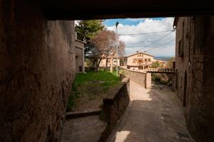 Un paseo por la historia de Sant Feliu Sasserra (Comunidor Y Cementerio Sant Feliu Sasserra)