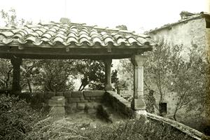 Un paseo por la historia de Sant Feliu Sasserra (Templete Y Cruz Cementerio Sant Feliu Sasserra)