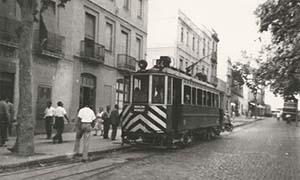 R165-tram-badalona