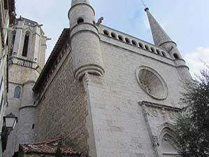 R166-iglesia