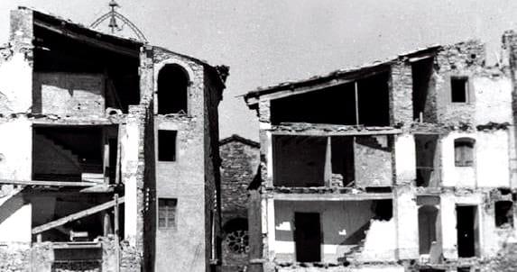 Isona: la reconstruction d'un village entre deux fronts