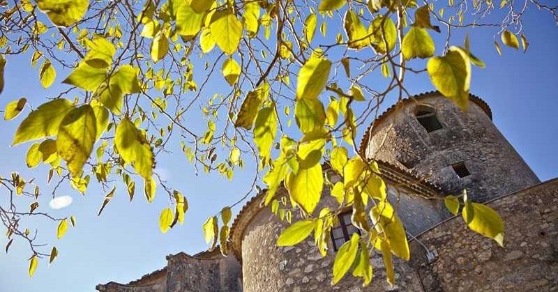 Castells branded itinerary