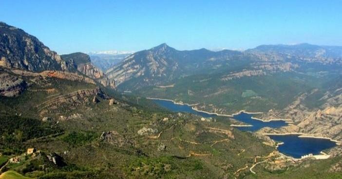 Roca del Corb and Sant Honorat in Peramola