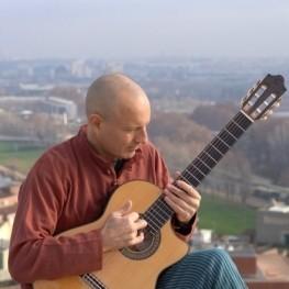 "Concert ""Improvising around the world"" by Josep-Manuel Vega"