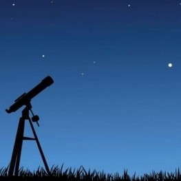 Night of astronomical observation in Montclar