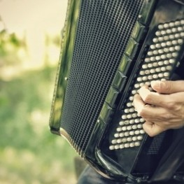 Encuentro de acordeonistas en Coll de Condreu en Susqueda