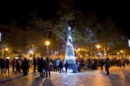 Lighting the Christmas lights in Banyoles