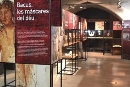Exposición Bacus las máscaras del dios en el VINSEUM
