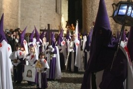 Manaies and Holy Procession Burial in Girona