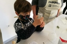 Visit and family workshop Fassineja in Espluga de Francolí