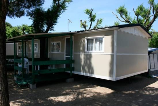 Càmping Roca (Bungalow Camping)
