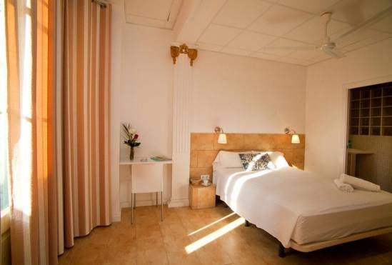 Hostal Martinval (Hostal Martinval Barcelona)