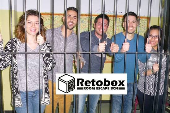 Retobox Room Escape Barcelona (Participants Preso 2)