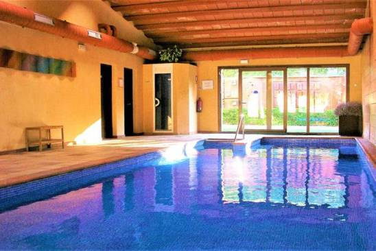Casa rural El Clos (Piscina Interior)