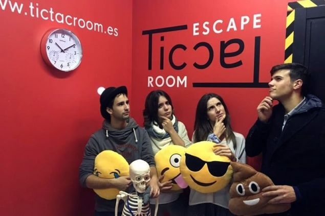 Tic Tac Room Escape (Participants)