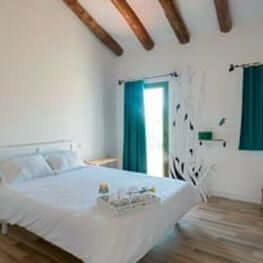 Hostal Cling 43 B&B
